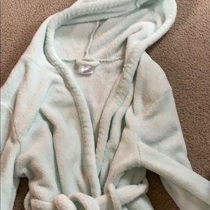 GAP Pajamas - A girls soft mint green robe made by Gap, size 10